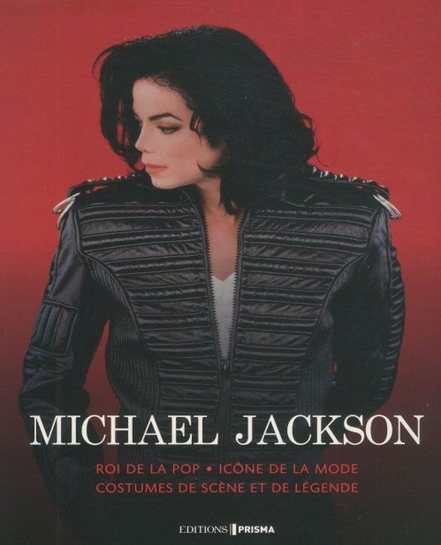 Michael Jackson une vie de scène et de costumes